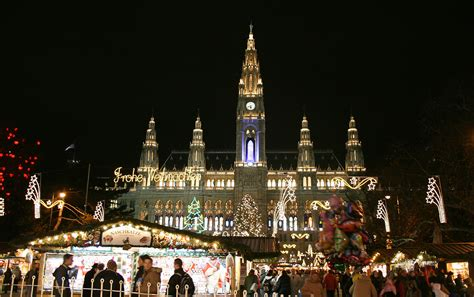 weihnachtsdeko häuser beleuchtet f 225 jl wien rathaus christkindlmarkt dez2006a jpg wikip 233 dia