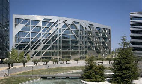 oficinas bbva huelva rafael de la hoz oficina plataforma arquitectura