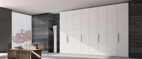 fournisseur de porte interieur porte pliante porte de garde robe porte d armoire et
