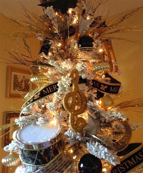 arbol navidad negro adornos de navidad negros y oro 35 ideas elegantes