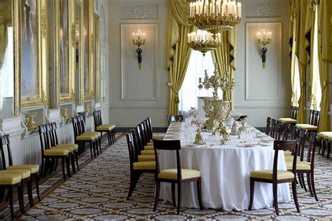 royal family   world noordeinde palace