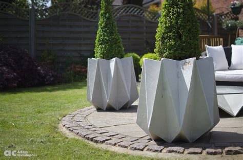 contemporary concrete planters award winning