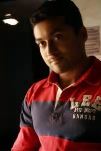 vaaranam aayiram the surya fans varanam aaiyuram photos