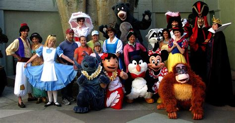 St Vincent Disneys Mickey Meets The Captain Of The Guard Ms 2 best family vacations for 2014 trip sense tripcentral ca
