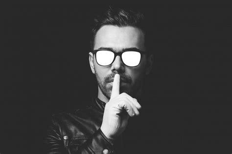 imagenes de hombres a blanco y negro imagen de silencio foto gratis
