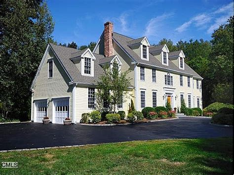center hall colonial 25 best ideas about center hall colonial on pinterest