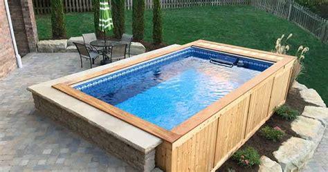 model kolam renang rumah mewah  minimalis