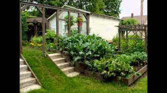 Small Vegetable Garden Design for Small House Making Guide