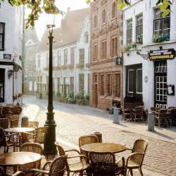 cutest small towns cute cafe in little town c h e r i s h pinterest