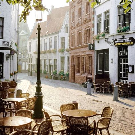 cute towns cute cafe in little town c h e r i s h pinterest