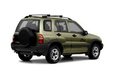 chevrolet tracker mpg 2004 chevrolet tracker specs safety rating mpg carsdirect