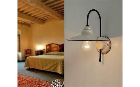 illuminazione per interni rustici illuminare lo chalet di montagna in stile rustico
