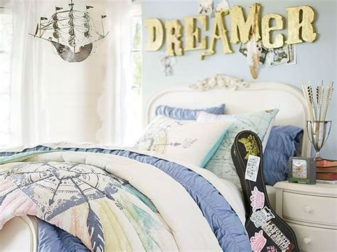 Junk Bedroom Makeover by Ideas Decorating Ideas And Signs On