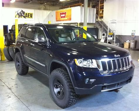 jeep grand cherokee wk2 lifted pin by jesse csincsak on jeep pinterest