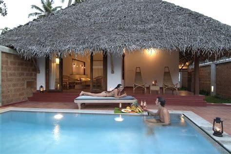 romantic pool villas     whats special