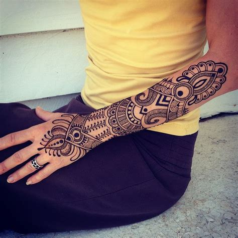 henna sleeve tattoo 25 best ideas about henna sleeve on henna arm