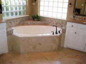 Best Bathtubs For Small Bathrooms Bathroom Master Bathroom Decorating Ideas Pinterest Tv