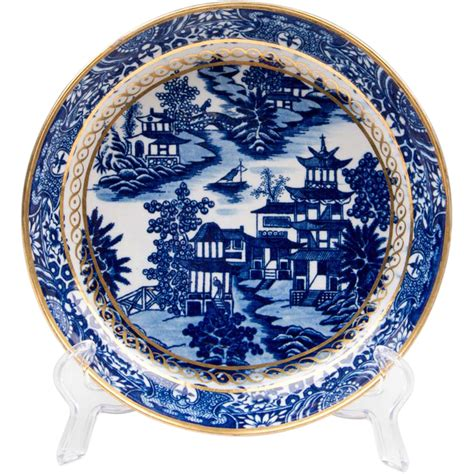 willow pattern close up first period dr wall worcester cake plate willow pattern
