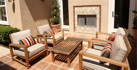 Mobili da giardino: nuove oasi di relax fuori e dentro