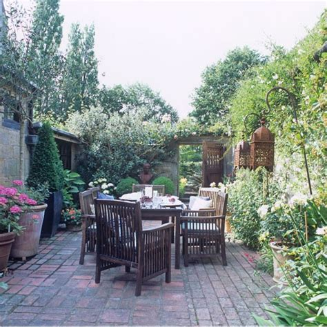 secluded backyard ideas traditional garden pictures house to home