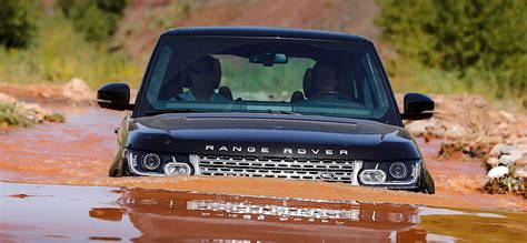 land rover range rover off road land rover s 4x4 systems a brief guide autoevolution