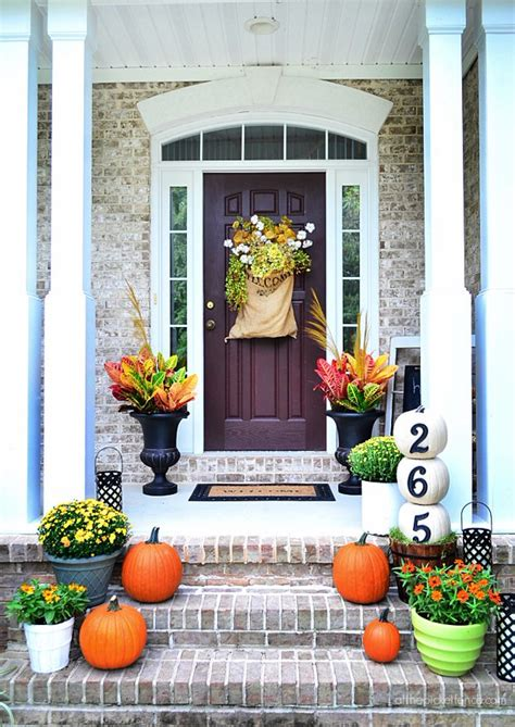 fall front porch decorating ideas on a budget the budget decorator
