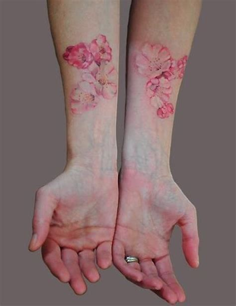tattoos without outlines flower looks awesome without black outline