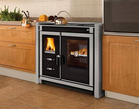cucinare con la stufa a legna cucina economica a legna stufe guida alla scelta delle