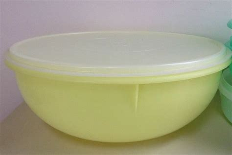 Sale Bowl Tupperware vintage large tupperware fix n mix 12 quot 26 cup bowl yellow