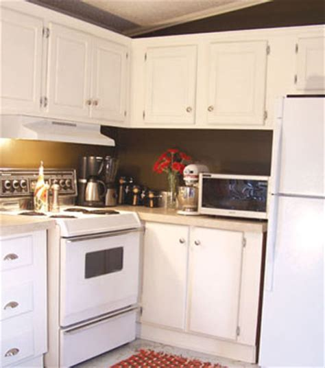 Matt Kitchen Cabinet Paint Painting Kitchen Cabinets How To