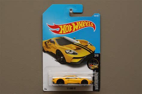 Hotwheels 17 Ford Gt Silver wheels 2017 nightburnerz 17 ford gt yellow see condition