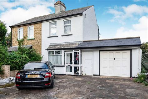 homes  sale  north cheam buy property  north