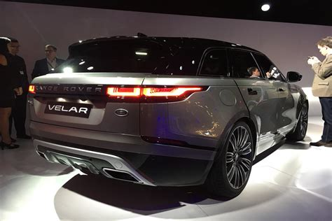 velar land rover interior 2018 land rover range rover velar debut news pictures