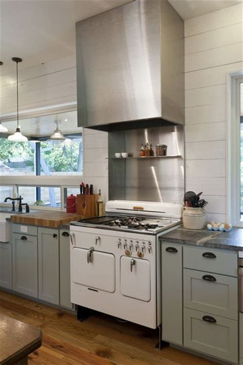 looking for a neutral paint color for kitchen cabinets sw6192 coastal plain by sherwin williams