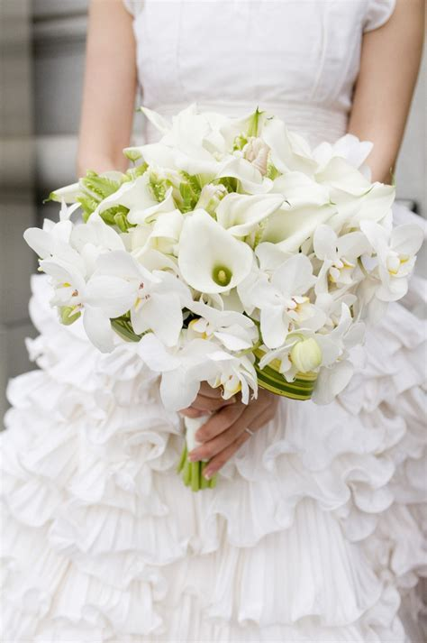 114 best White Wedding Bouquets images on Pinterest