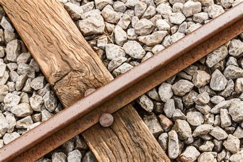 comprar traviesas de tren comprar traviesas de tren resultado de imagen de valla