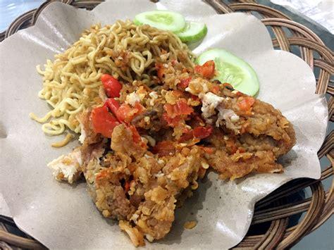 Ayam Geprek Ngocor Keju Mozzarella Ayam Medium 0 geprek bensu pedas menyengat ayam geprek berselimut