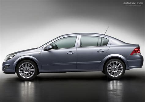 opel astra sedan 2008 opel astra sedan specs 2007 2008 2009 autoevolution
