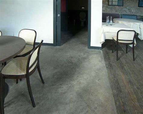 pavimento cemento lucidato 23 migliori immagini pavimento in cemento lucidato su
