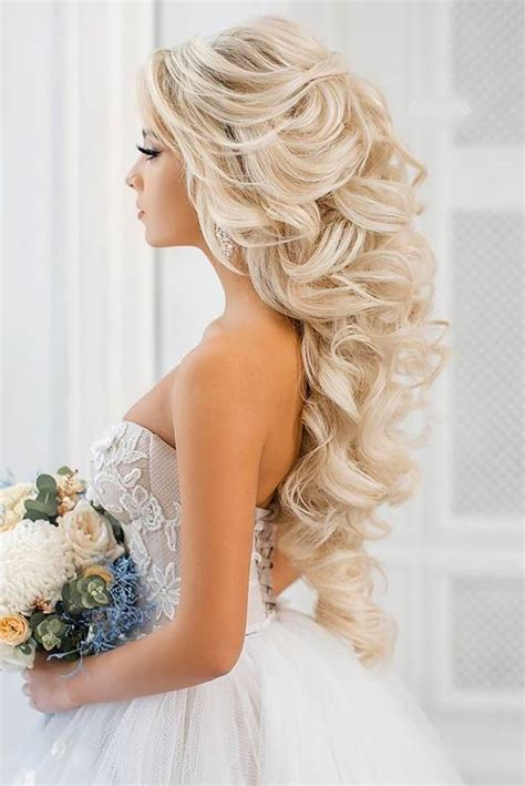 Unique Wedding Updo Hairstyles by Best 25 Unique Wedding Hairstyles Ideas On