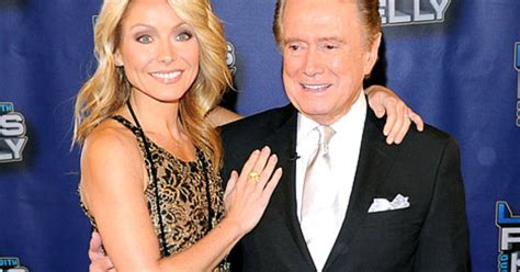kelly ripa i havent kept in touch with regis ny daily news kelly ripa i don t keep in touch with regis philbin us
