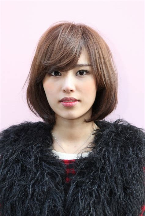 medium bob hairstyles japanese messy medium bob with long sexy fringe simple easy