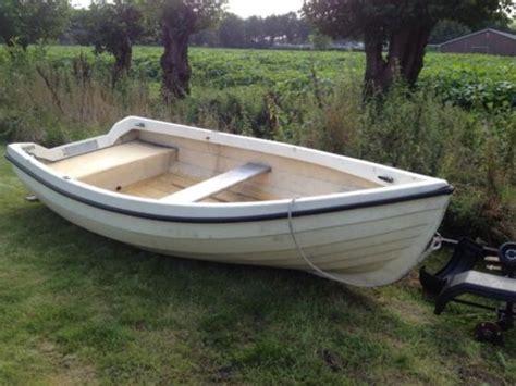 roeiboot 3 meter polyester roeiboot 3 20 mtr met trailer advertentie 594362