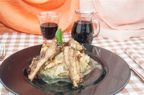 come cucinare le costine di maiale come fare le costine di maiale con verza e patate