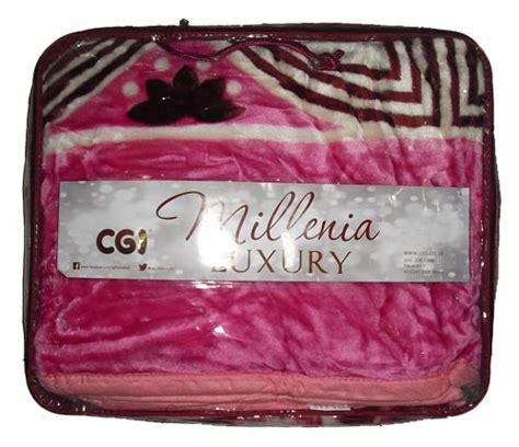 Selimut Motif Ukuran 200x230 Dengan List Pinggir grosir selimut sellena millenia luxury kembang lembut