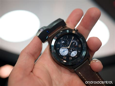 Smartwatch Huawei 2 huawei 2 classic on metal and leather make