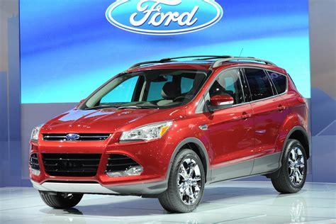 subaru ford subaru forester premium vs ford kluga 2013 autos weblog