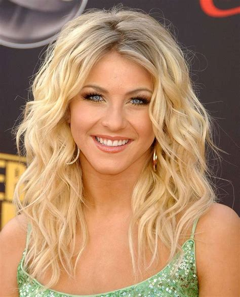 how to do julianne hough hairstyles julianne hough hair medium length twirlit
