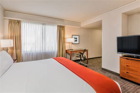 Fisher Room Reservation by Inn Express 174 Suites San Francisco Fishermans