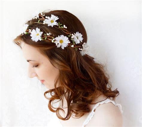 how to create a flower wreath hair piece my view on fashinating flower crown wedding daisy headband daisy flower crown